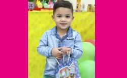<p>O pequeno Miguel completa idade nova dia 09-08. Parabéns e muitas felicidades é o que deseja o papai Lindinaldo e a mamãe Viviane.</p>